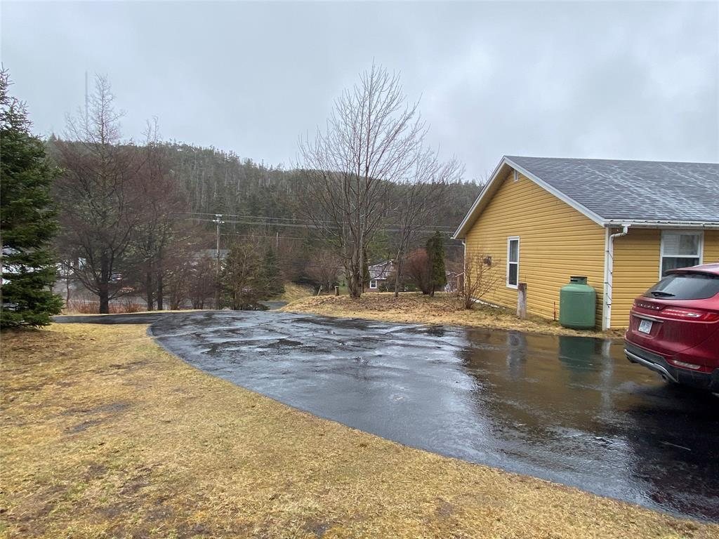 27 MAIN ROAD, PLACENTIA, Newfoundland, Canada A0B 2Y0, ,1 BathroomBathrooms,Residential,For Sale,MAIN ROAD,3922