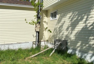 9A SNOW'S LANE, BAY ROBERTS, Newfoundland, Canada A0A 1G0, ,1 BathroomBathrooms,Residential,For Sale,SNOW'S LANE,4037