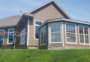12 TOLT ROAD, MARYSTOWN, Newfoundland, Canada A0E 2M0, ,2 BathroomsBathrooms,Residential,For Sale,TOLT ROAD,4042